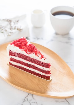 Roter samtkuchen