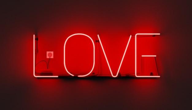 Rotes neonschild mit dem wort liebe an der wand und eingestecktem kabel. 3d-illustration
