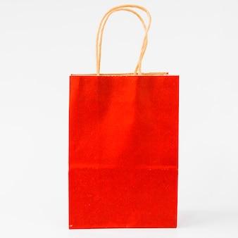Rotes papiereinkaufspaket