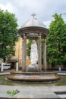 Rotunde der heiligen jungfrau maria in iwano-frankiwsk
