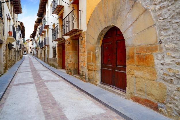 Rubielos de mora-dorf in teruel spanien