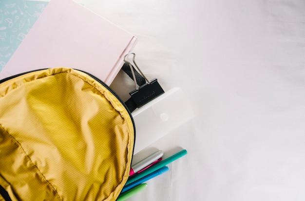 Rucksack mit briefpapier