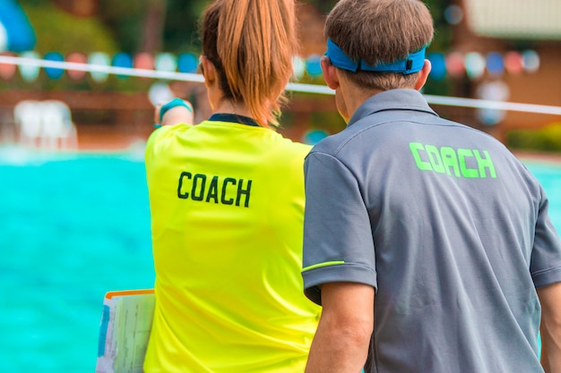 Rückansicht von sporttrainern