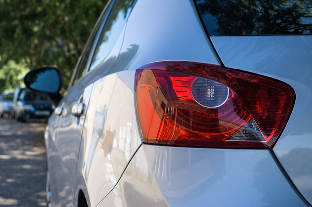 Rücklichter eines autos