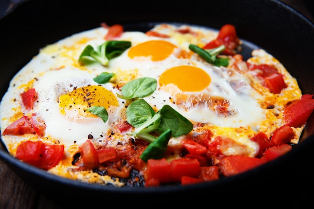 Rührei mit tomaten