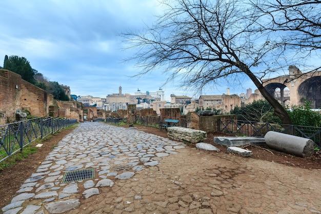 Ruinen des forum romanum in rom, italien.