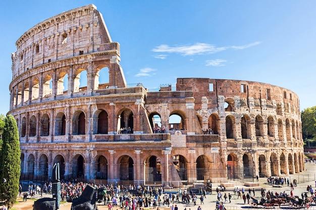 Ruinen des kolosseums in rom
