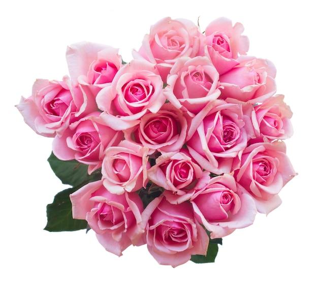 Runder strauß frischer rosa rosen lokalisiert auf weißem hintergrund