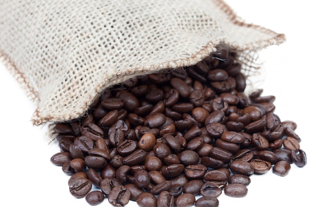 Sack mit gerösteten kaffeebohnen