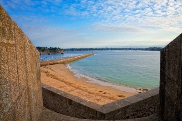 Saint malo strandlandschaft hdr