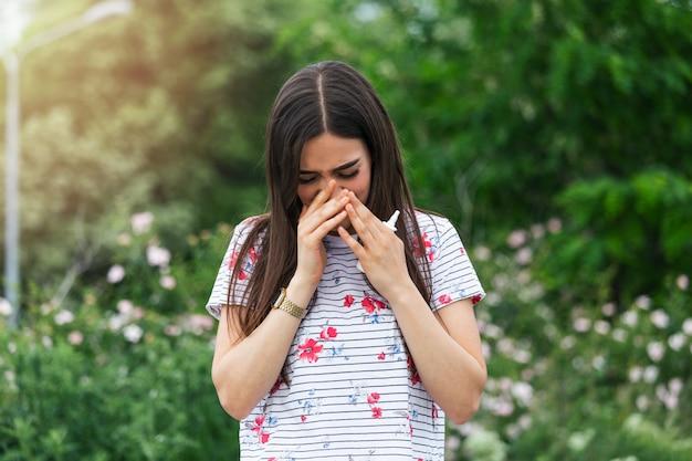 Saisonale allergien und gesundheitsprobleme.