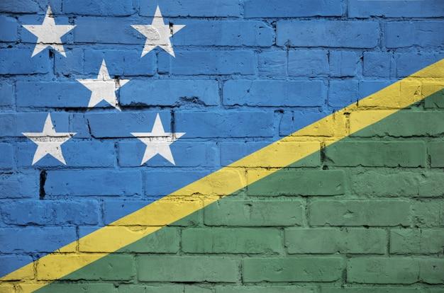 Salomonen-flagge wird auf eine alte backsteinmauer gemalt