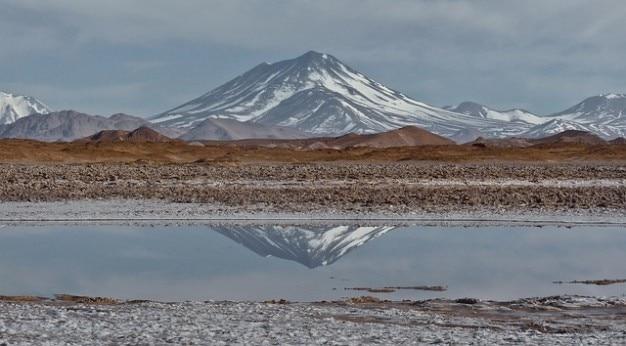 Salz aracar stratovolcano berg andes flach