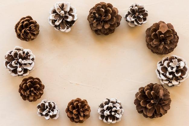 Sammlung von dekorativen haken