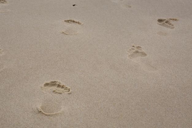 Sand mit fußspuren