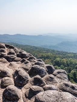 Sandsteinknoten klippe