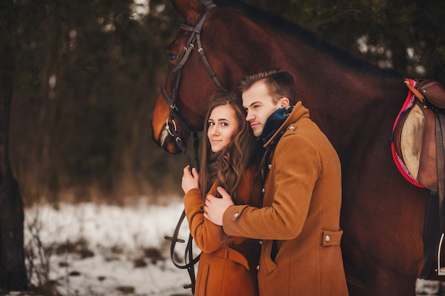 Sanfte porträt eines romantischen paares