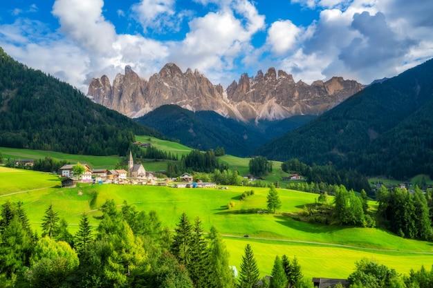 Santa maddalena - dolomiten, italien landschaft