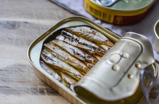 Sardinen in aluminiumdose