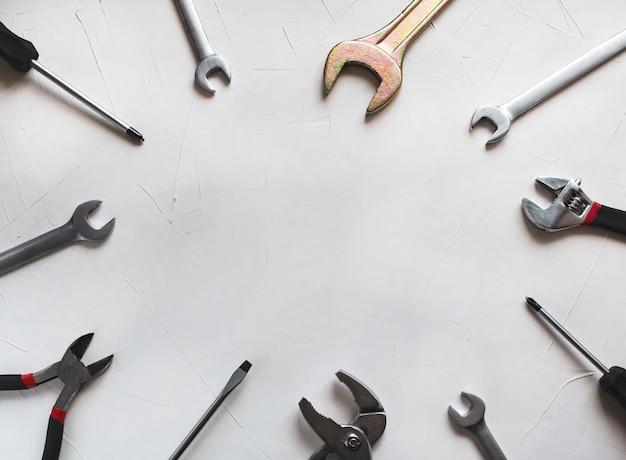 Satz bauwerkzeuge für die reparatur