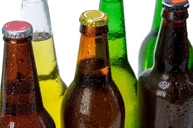 Satz bierflaschen lokalisiert