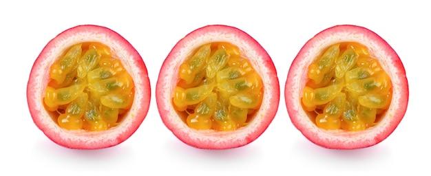 Satz passionsfrucht lokalisiert auf weiß.