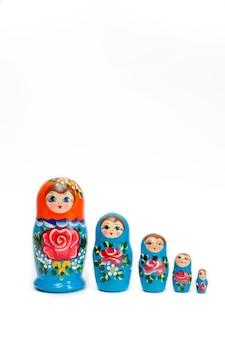 Satz russische holzpuppen von 5 stück