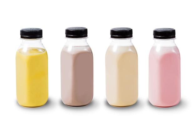 Satz verschiedene cocktails getrennt auf weiß. frucht-smoothies auf weißem hintergrund.