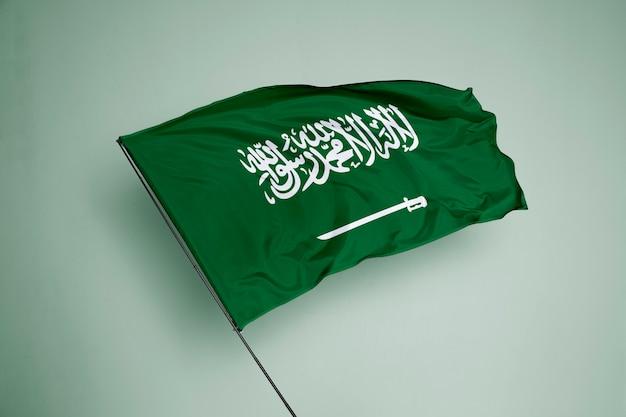 Saudi-arabien-flagge im hintergrund