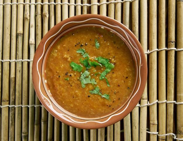 Saure linsen - hyderabadi khatti dal.hyderabadi cuisine.