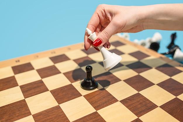 Schachbrett- und spielkonzept von geschäftsideen und wettbewerb.