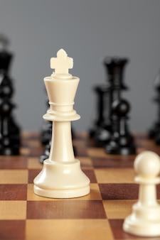 Schachgeschäftskonzept, führer und erfolg.