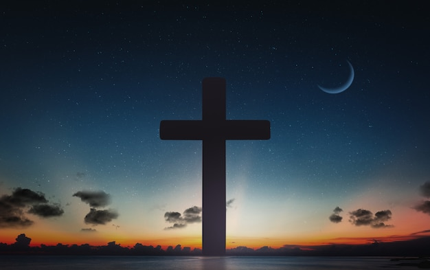 Schattenbild des kruzifixkreuzes zur sonnenuntergangzeit und zum nächtlichen himmel mit mondhintergrund.
