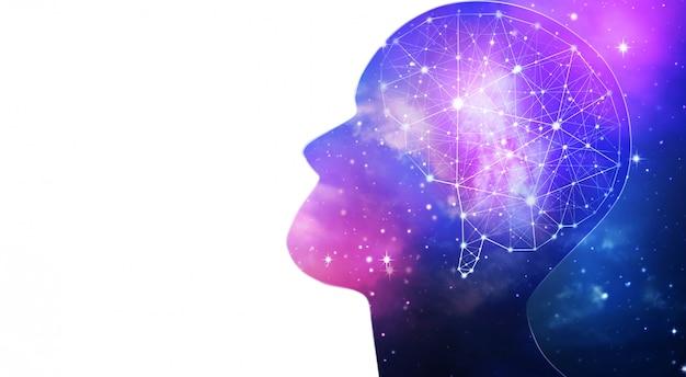 Schattenbild einer menschlichen intelligenz