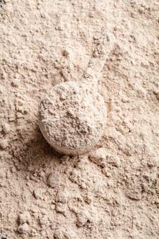 Schaufel molkeprotein in. sporternährung.