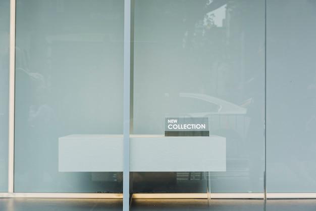 Schaufenster mit neuer kollektion