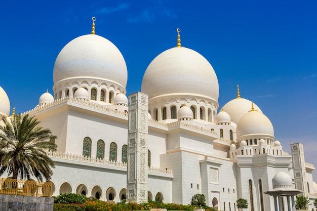 Scheich-zayid-moschee in abu dhabi, vereinigte arabische emirate