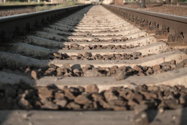 Schienen. eine eisenbahn in die ferne