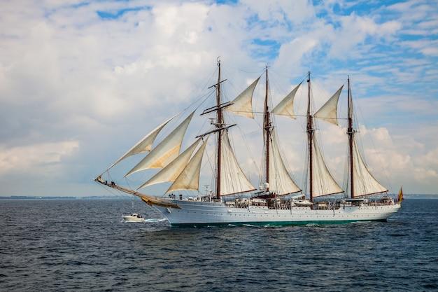 Schiff juan sebastian de elcano