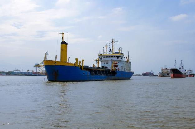 Schiffsindustrie