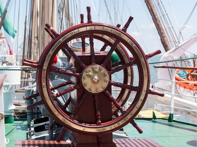 Schiffslenkrad