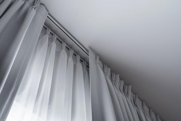 Schleppschichten vorhang mit schienen