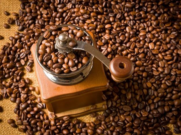 Schließen schwarz geröstet sackleinen koffein