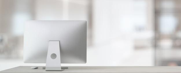 Schließen sie herauf ansicht des bequemen arbeitsplatzes mit computer und kopieren raum auf weißem tisch