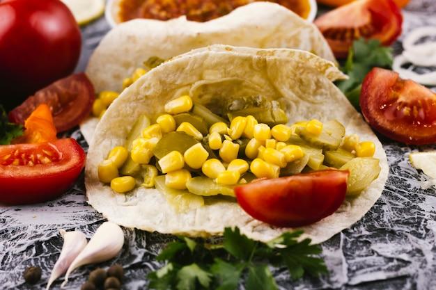 Schließen sie herauf burritozusammenstellung