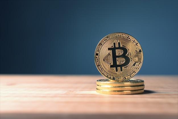 Schließen sie herauf goldenes bitcoin-münzen-krypto währungshintergrundkonzept.