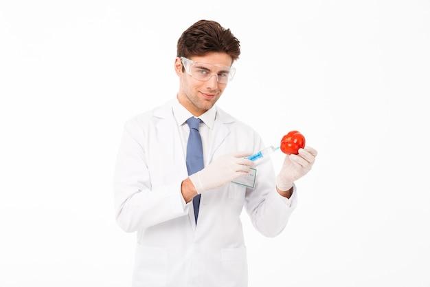 Schließen sie herauf porträt eines lächelnden jungen männlichen doktors