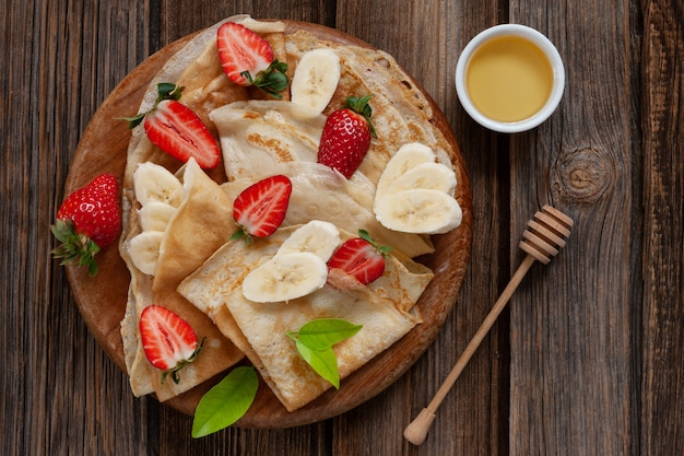 Schließen sie oben von den traditionellen selbst gemachten pfannkuchen