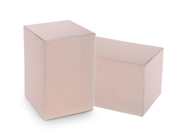 Schließen sie oben von einer box auf weißem hintergrund.
