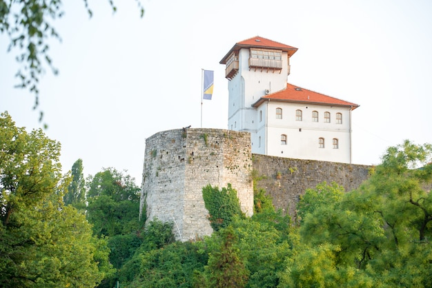 Schloss auf dem hügel